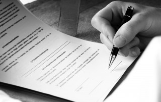 Abstimmung Testament Gesellschaftsvertrag