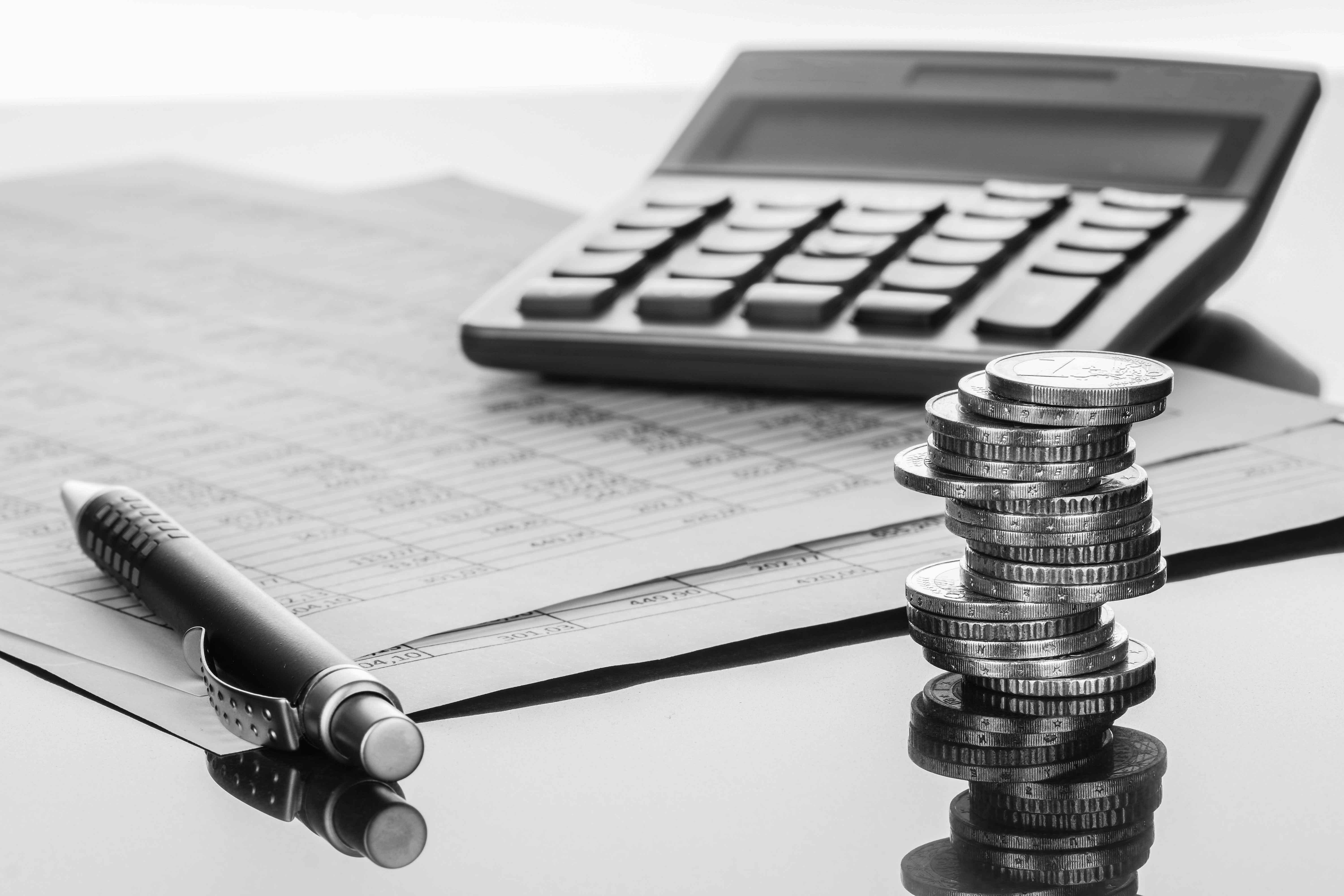 Einleitung der Liquidation, Durchführung der Liquidation und Löschung der GmbH.